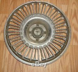 67 68 69 Nos Ford Mustang Gt Rare 14 Spoke Wire Wheel Covers 2 Hubcaps Red Ctr