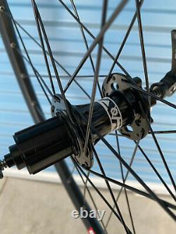 27.5 Dt 533d 28 Rayons 8-11 Spd Arc Hubs Noir 15mm À Travers Avant 135qr Arrière