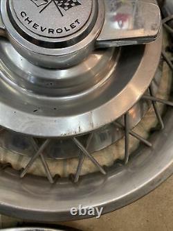 62 63 Chevrolet Impala Chevy II Housse De Roue Hubcap Rim 14 Wire Spoke Set 4