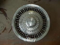 Camaro Chevelle Nova Hubcap Wheel Cover Wire Rayon 71-76 14 Oem Utilisé 3046 Set