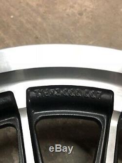 Harley Dyna XL Fxd À 13 Rayons 96 Avant Et Arrière 16 Jantes 16 Roues Noires Nice