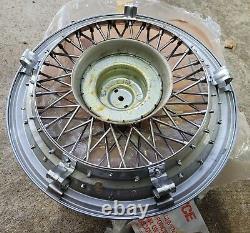 Nos Ensemble De 4 Oem 1986-96 Chevy Caprice 15 Wire Spoke Hubcaps Wheel Covers Locks