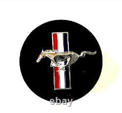 Nouveau Oem 1994-2004 Ford Mustang Black Pony & Drapeau 17 Roues Hub Cover Center Cap