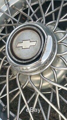 Oem 1986-1996 Chevy Caprice Classic 15 Fils Spoke Hubcaps Enjoliveur No Blocage