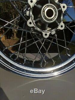 Oem Ducati Sport Classic Gt 1000 Jantes Spoked Roues Avant 49.921.371 Arrière 50021361