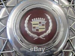 Un 1986-1992 Fil Cadillac Fleetwood Brougham A Parlé Hubcap Roue Couverture