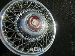 Un 1987 1988 Cadillac Deville Fils A Parlé De Verrouillage 14 Pouces Enjoliveur Enjoliveur