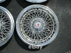 Usine 1978-1987 Chevy Monte Carlo 14 Pouces Fil A Parlé Hubcaps Enjoliveurs